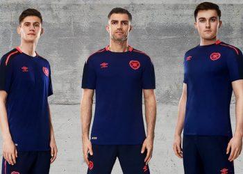 Tercera camiseta del Heart of Midlothian   Foto Web Oficial