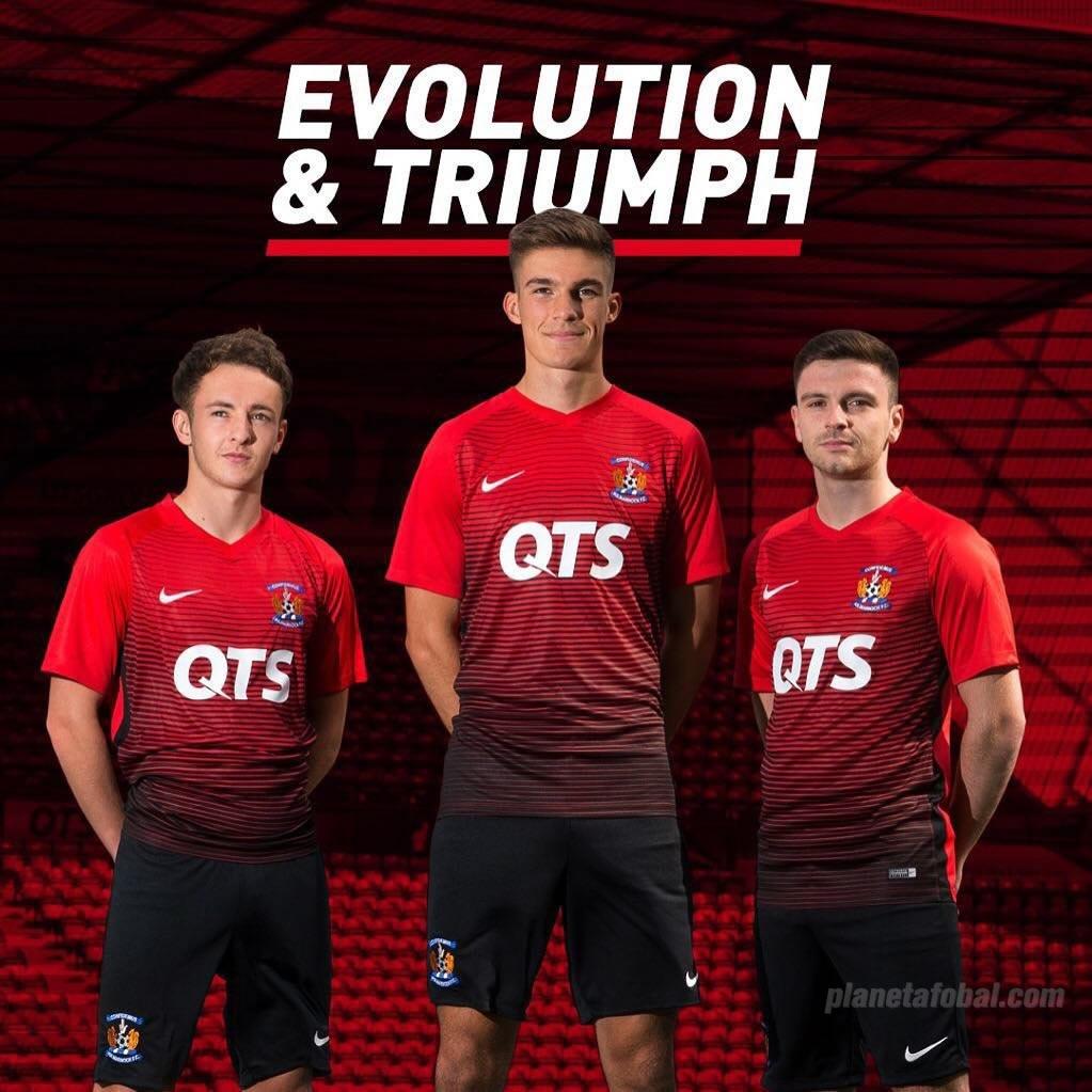 Camiseta suplente Nike del Kilmarnock FC | Foto Web Oficial