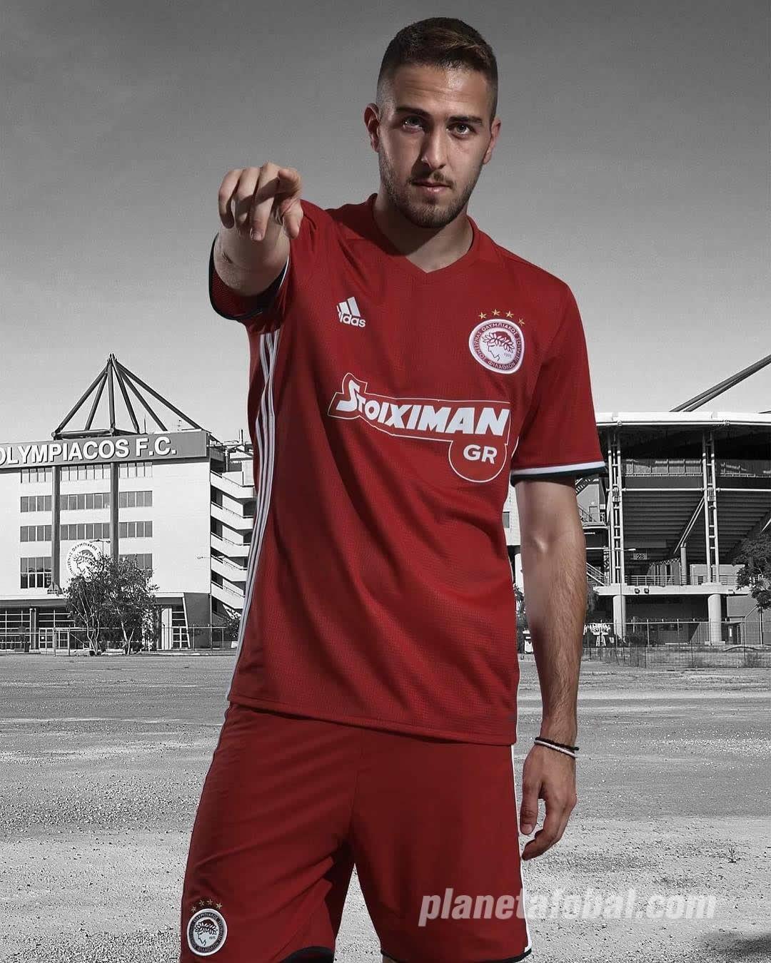Tercera camiseta Adidas del Olympiacos | Foto Web Oficial