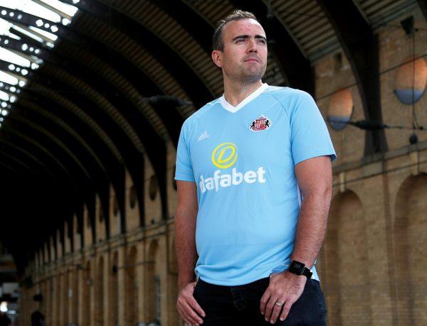 Camiseta suplente del Sunderland | Foto Web Oficial