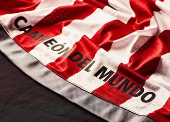 Nueva camiseta titular de Estudiantes LP | Foto Umbro