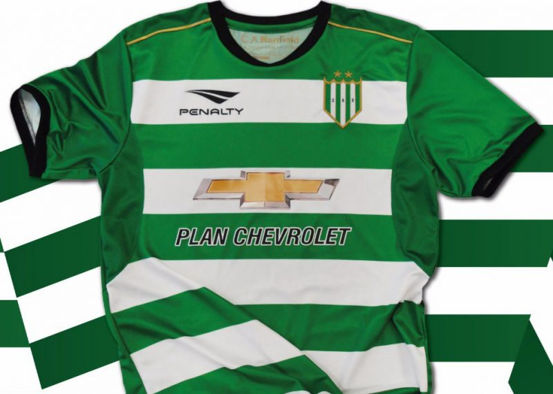 Camiseta alternativa Penalty de Banfield | Foto Twitter Oficial