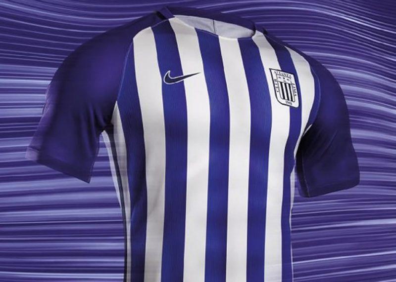 Camiseta Nike blanquimorada de Alianza Lima  d93c0439fce83