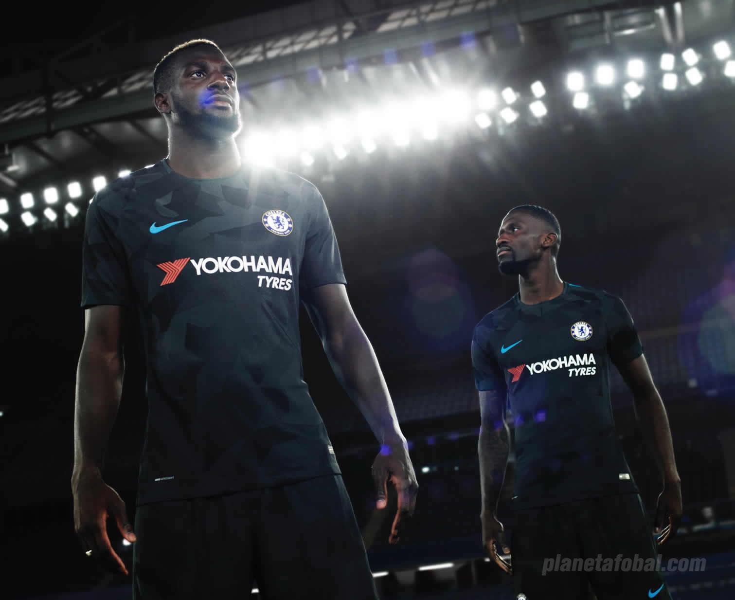 Tiémoué Bakayoko y Antonio Rüdiger con la casaca | Foto Nike