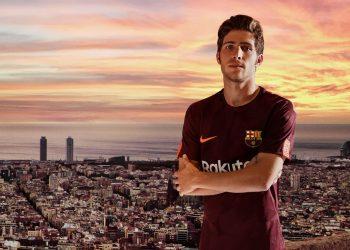 Sergi Roberto con la tercera camiseta del FC Barcelona   Foto Nike