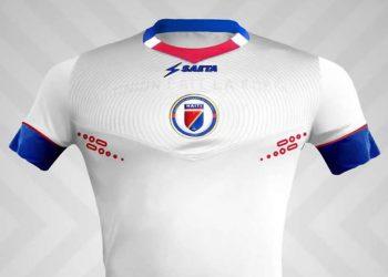 Camiseta blanca Saeta de Haití | Foto FHF