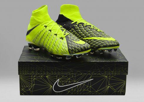 Botines Hypervenom Phantom 3 x EA Sports   Foto Nike