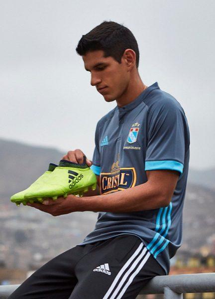 Nueva camiseta suplente del Sporting Cristal | Foto Adidas