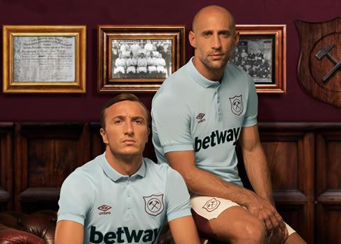 Tercera camiseta Umbro del West Ham United | Foto Web Oficial