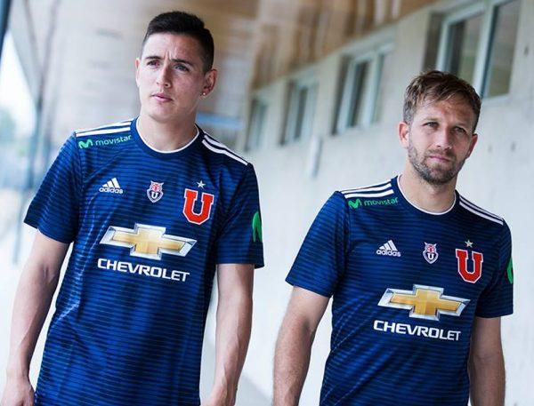 Camiseta titular Adidas de la Universidad de Chile 2017 18 75ef07d3c9dc7