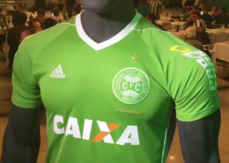 Camiseta edición limitada del Coritiba | Foto Web Oficial
