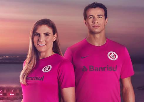 Kit especial Nike del Internacional   Foto Web Oficial