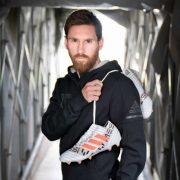 Lionel Messi con sus flamantes botines | Foto Adidas