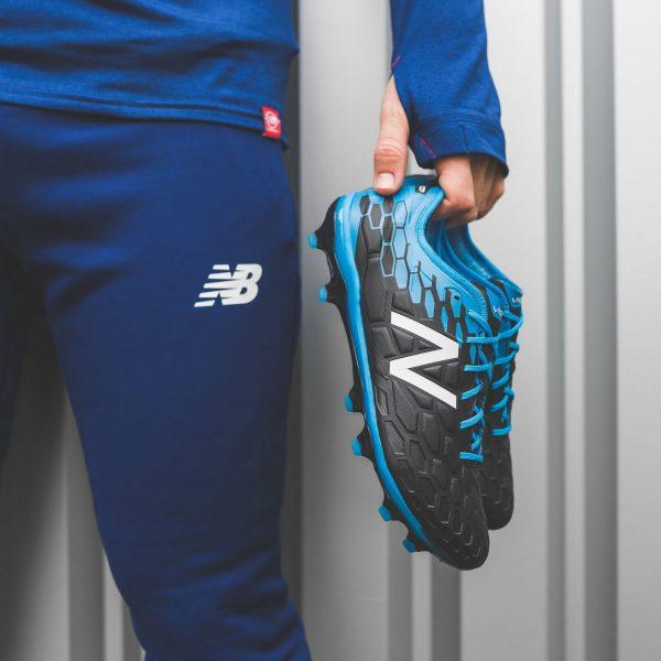 Nuevos colores para los botines Visaro | Foto New Balance