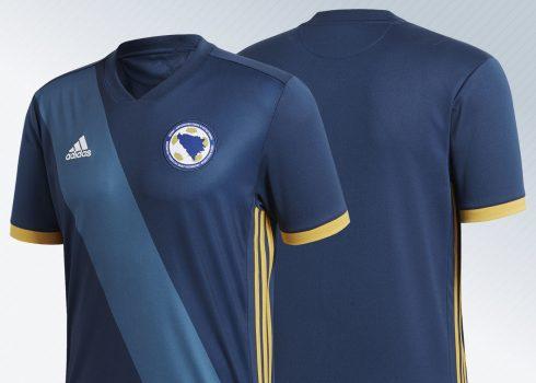 Camiseta titular 2018 de Bosnia y Herzegovina | Imagénes Adidas