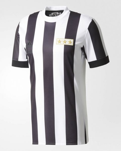 Camiseta conmemorativa 120 años de la Juventus | Foto Adidas