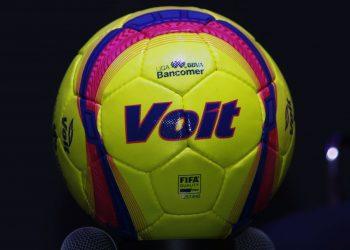 Balón oficial Voit Lummo Blaze Clausura 2018 Liga MX | Foto Web Oficial