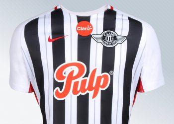 Camiseta titular del Club Libertad | Foto Facebook Oficial