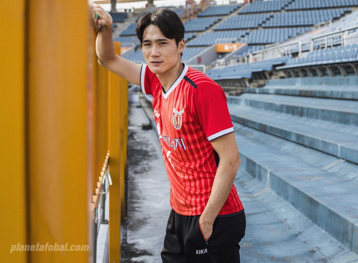 Camiseta titular 2018 del Jeju United | Foto Web Oficial