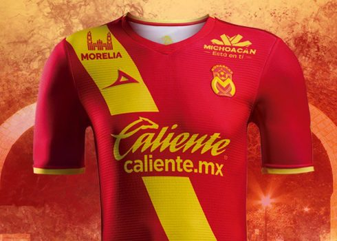 Tercera camiseta 2018 de los Monarcas Morelia | Foto Pirma