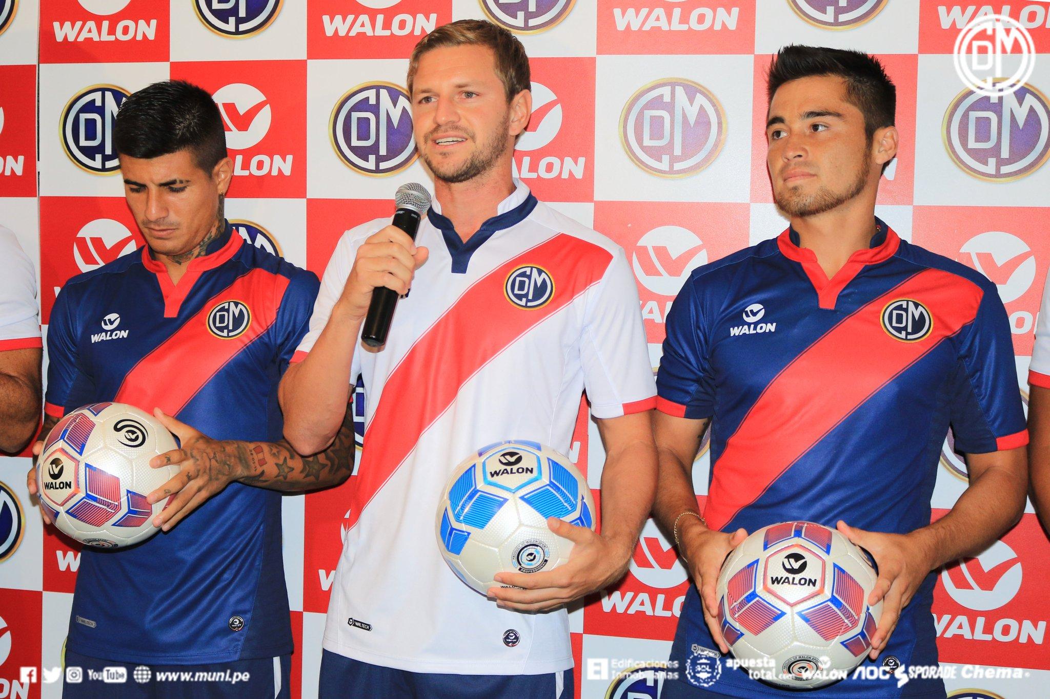 Nuevas camisetas Walon Sport del CD Municipal | Foto Twitter Oficial