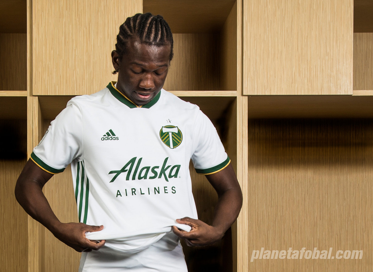 Nueva camiseta suplente Adidas del Portland Timbers | Foto Web Oficial