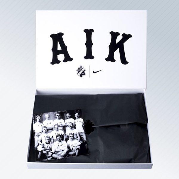 White Pack Kit del AIK de Suecia 2018 | Imagen Web Oficial