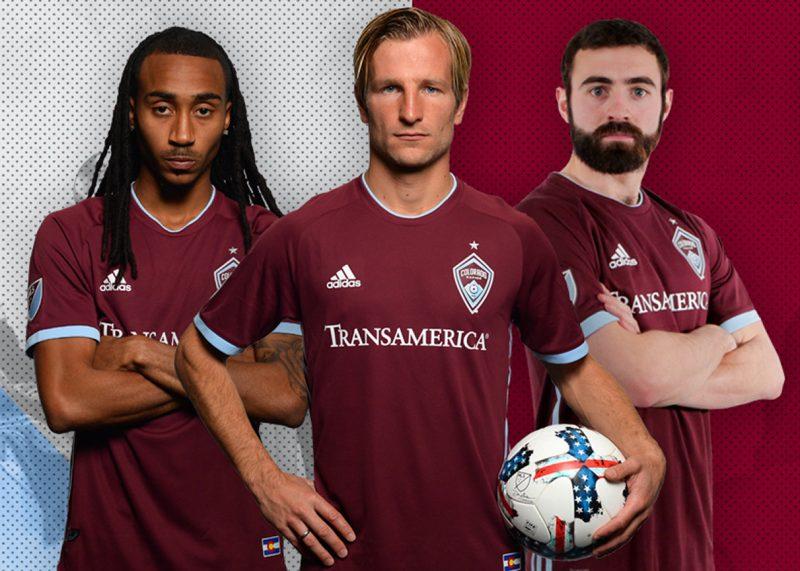 Camiseta titular 2018-19 del Colorado Rapids   Foto Web Oficial