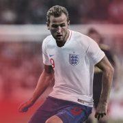 Harry Kane con la nueva casaca titular | Foto Nike
