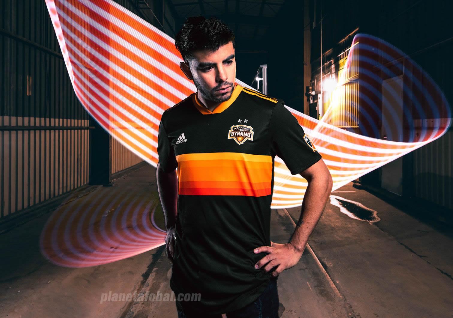 Camiseta suplente Adidas 2018-19 del Houston Dynamo | Foto Web Oficial