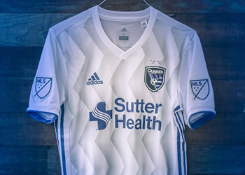 Navy Seal Foundation Jersey del San José Earthquakes | Foto Web Oficial