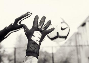 Guantes Nike Mercurial Touch Elite | Foto Nike