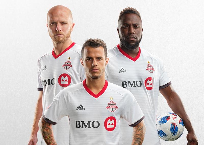 Camiseta alternativa Adidas del Toronto FC   Imagen Web Oficial