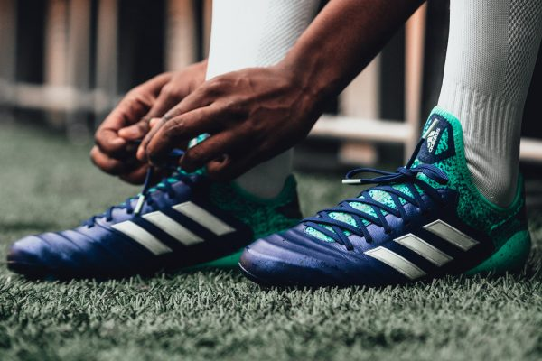 "Botines COPA 18 del pack ""Deadly Strike"" 