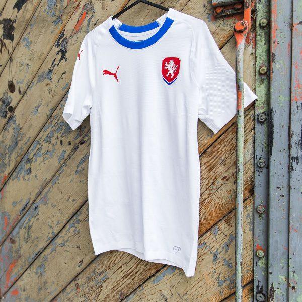Camiseta suplente Puma 2018/19 de la República Checa | Foto Web Oficial