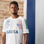 Camiseta Umbro Nations 2018 del Avaí FC | Foto Web Oficial