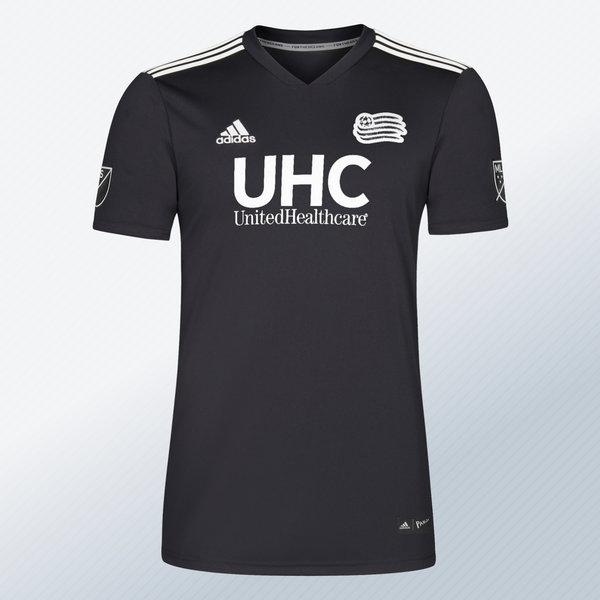 Camiseta New England Revolution Adidas x Parley | Imagen MLS