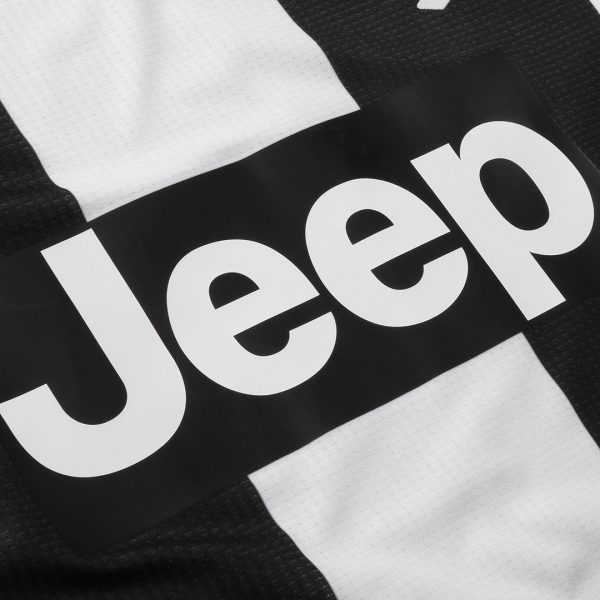 Camiseta titular 2018/19 de la Juventus | Imagen Web Oficial