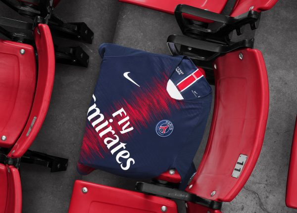 Nueva camiseta titular 2018/19 del PSG | Foto Nike