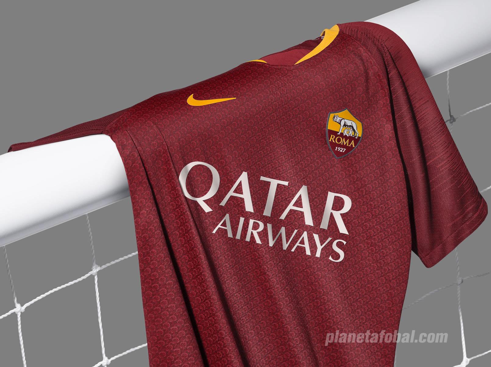 Camiseta titular Nike 2018/19 de la AS Roma | Imagen Web Oficial