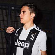 Paulo Dybala con la nueva camiseta del Juventus | Imagen Adidas