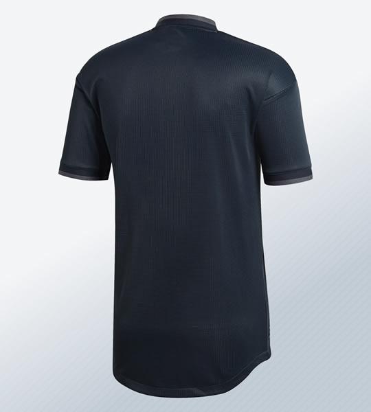 Camiseta suplente 2018/19 del Real Madrid | Imagen Adidas