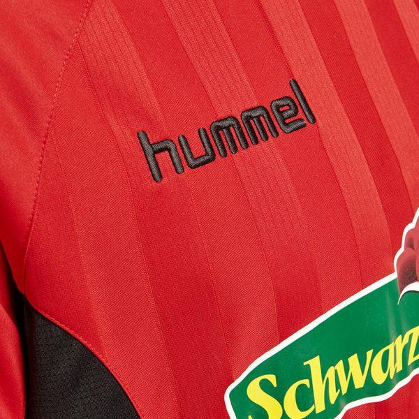 Camiseta titular Hummel 2018/19 del SC Freiburg | Imagen Web Oficial