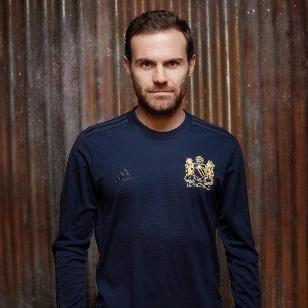 Kit conmemorativo Adidas del Manchester United | Imagen Web Oficial