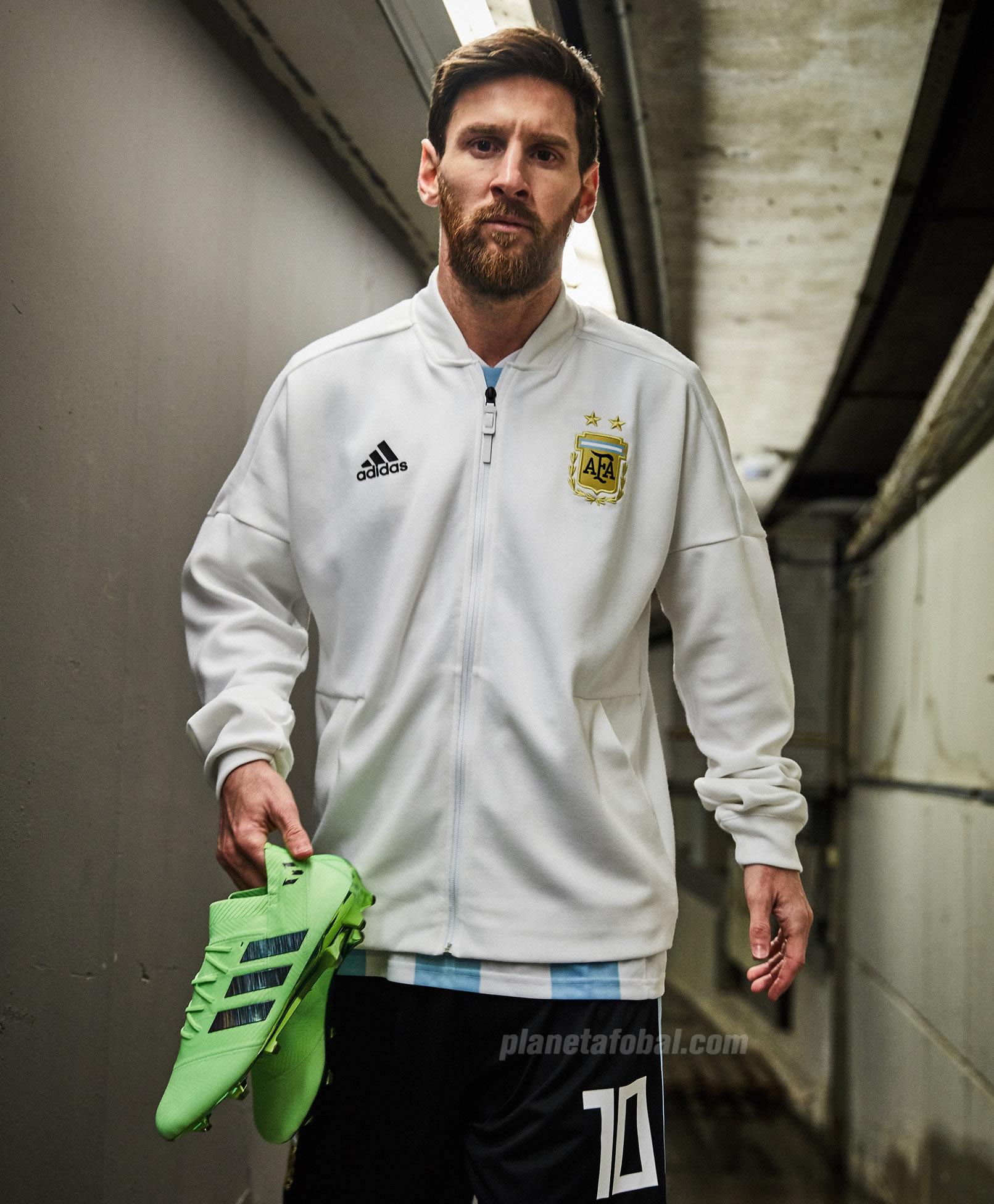 "Messi con sus nuevos Nemeziz ""Energy Mode"" | Foto Adidas"