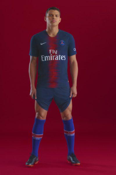 Thiago Silva con la nueva camiseta titular 2018/19 del PSG | Foto Nike