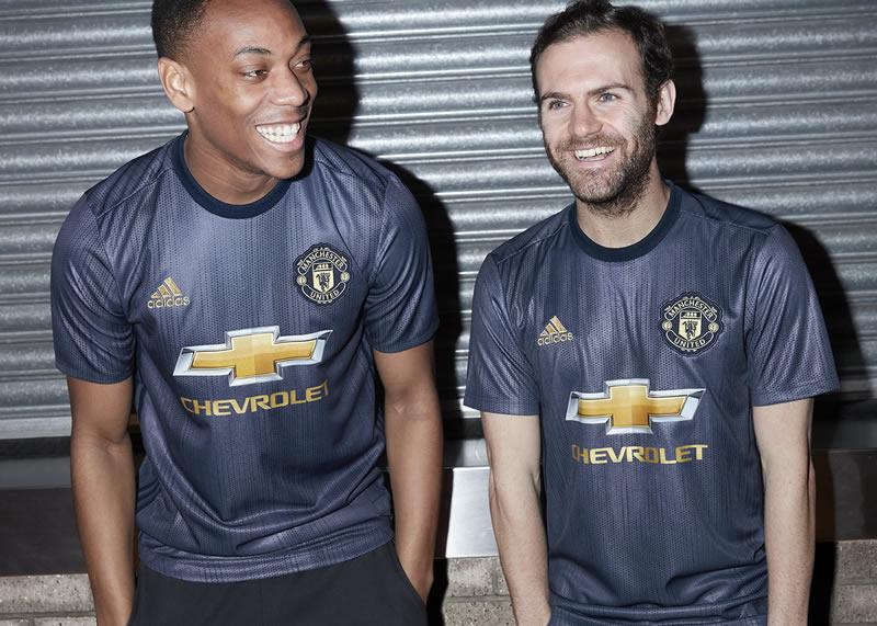 Tercera camiseta Adidas 2018/19 del Manchester United | Imagen Web Oficial
