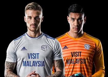 Camiseta suplente Adidas del Cardiff City FC 2018/19 | Imagen Web Oficial