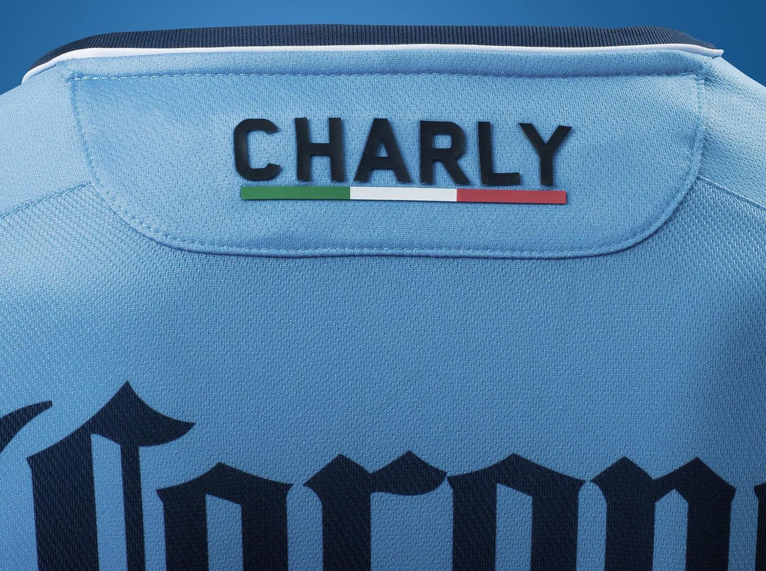Camiseta titular del TM Fútbol Club | Imagen Charly