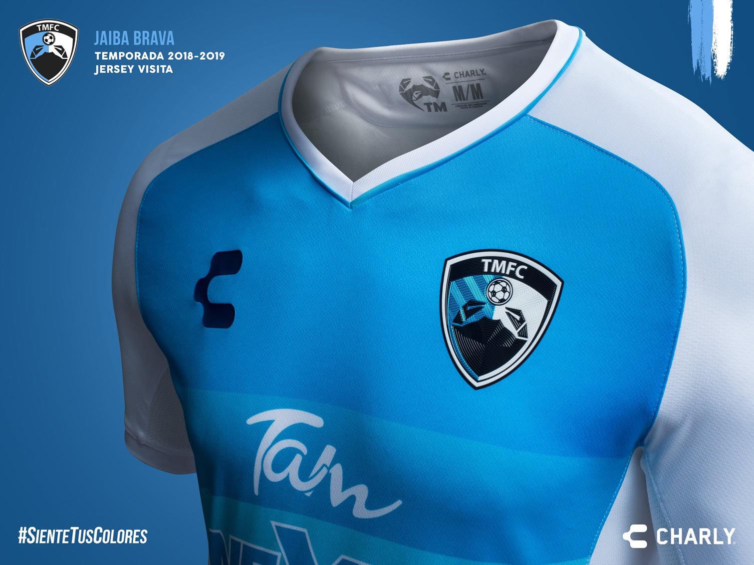Camiseta visitante del TM Fútbol Club | Imagen Charly